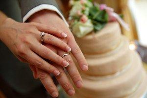 Wedding Rings & Wedding Cake Photograph.